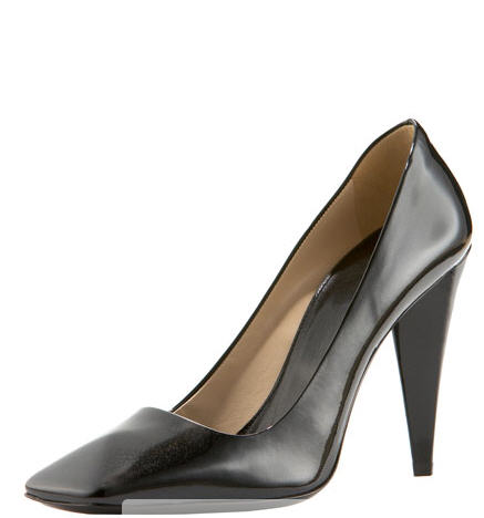 prada_square-toe-pump