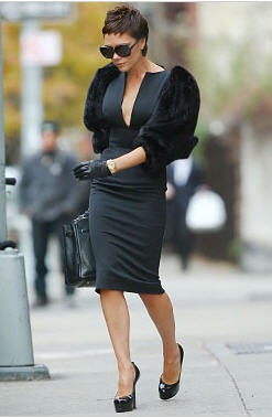 VictoriaBeckham in Rouland Mouret Structured Dress