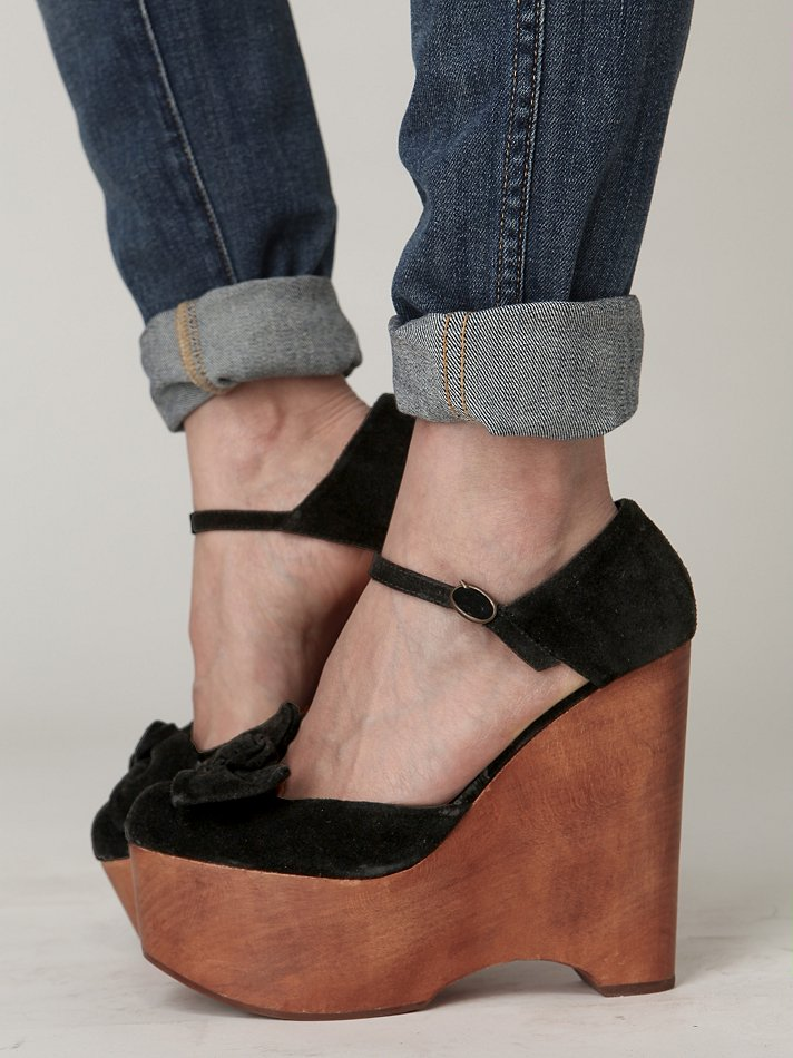 Jeffrey Campbell Daisy Wedge