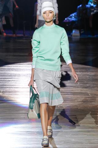 Spring 2012 Nail Polish Trends Pastels