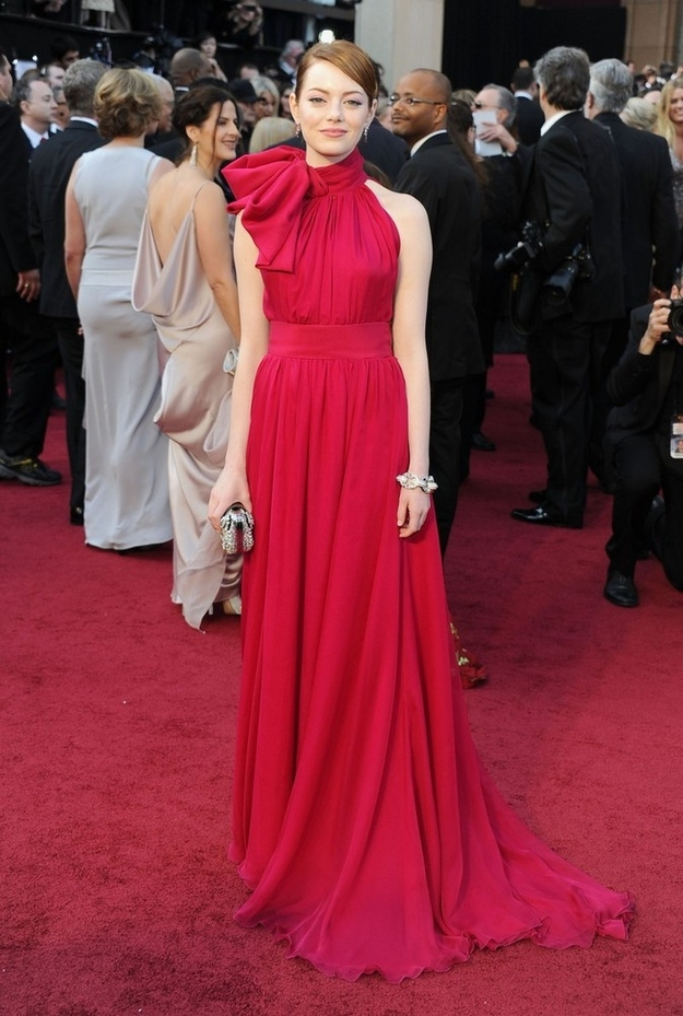 Oscar 2012 Emma Stone Dress Giambattista Valli fuchsia gown
