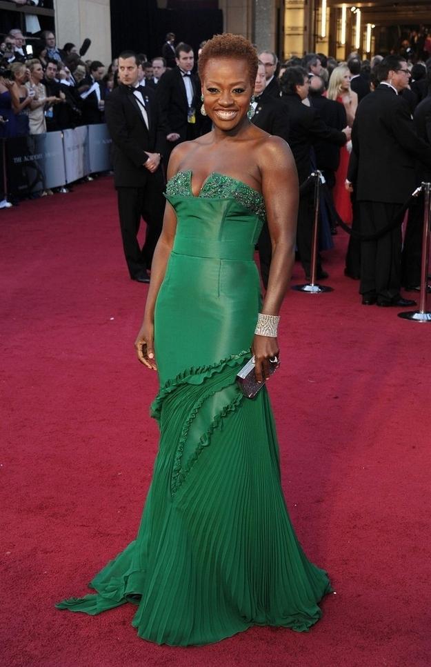Oscar 2012 Viola Davis in Vera Wang gown