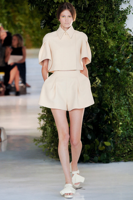Delpozo NYFW 14 via Fashion Hippo 1