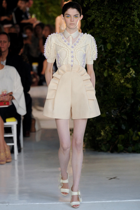 Delpozo NYFW 14 via Fashion Hippo 4