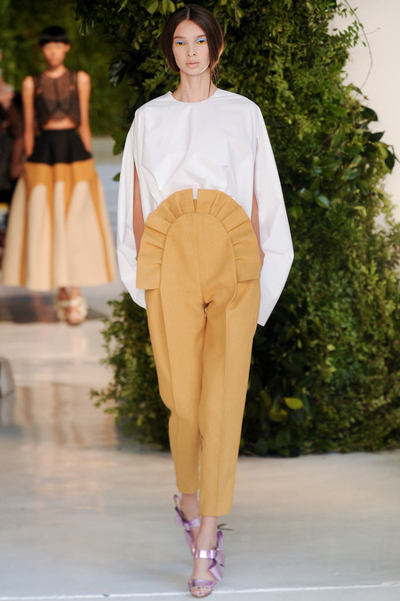 Delpozo NYFW 14 via Fashion Hippo 7