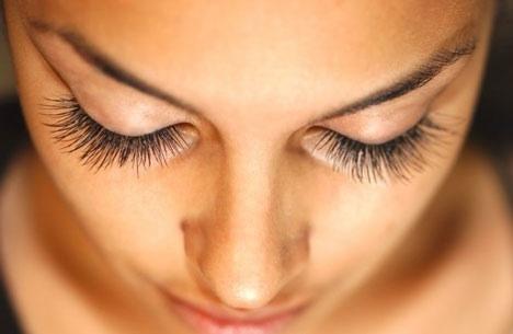Best Eyelash Growth Products | Do Eyelashes Grow Back ...